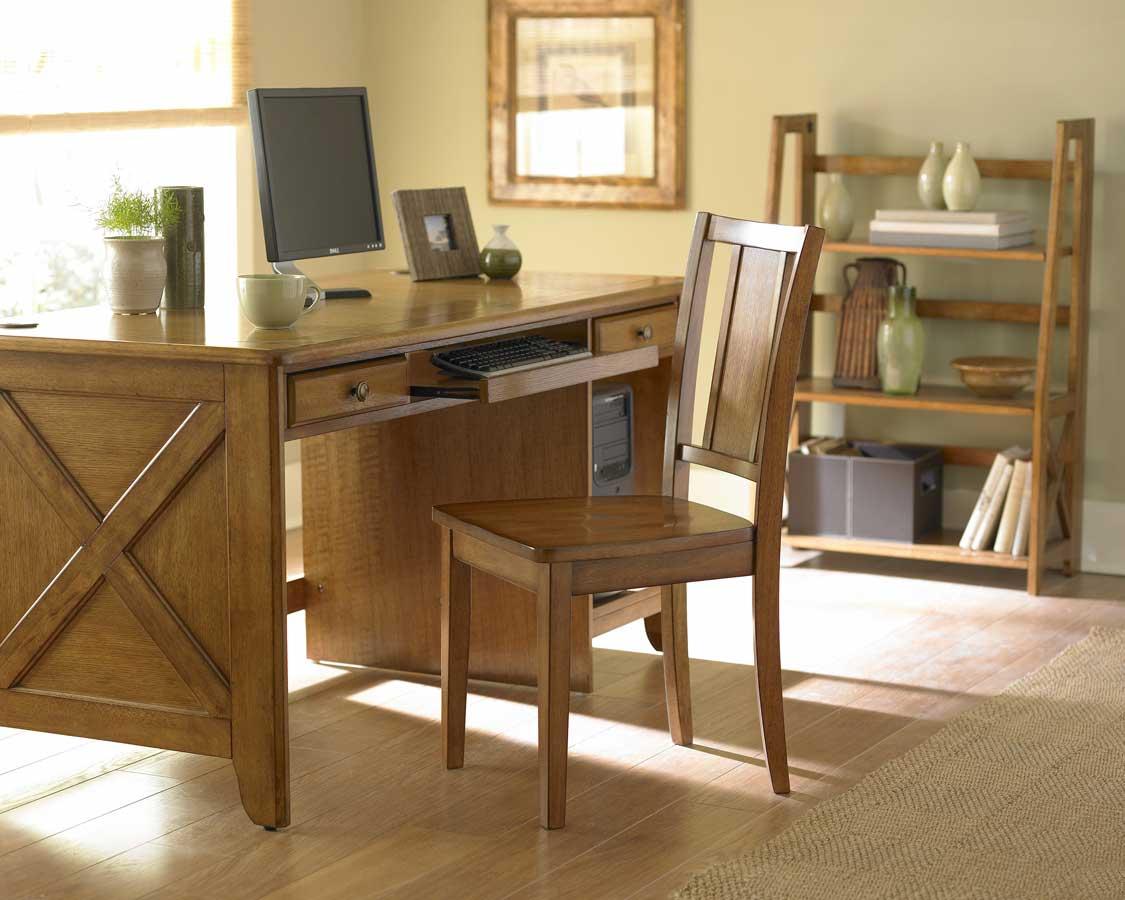 Britanica Oak Office Desk