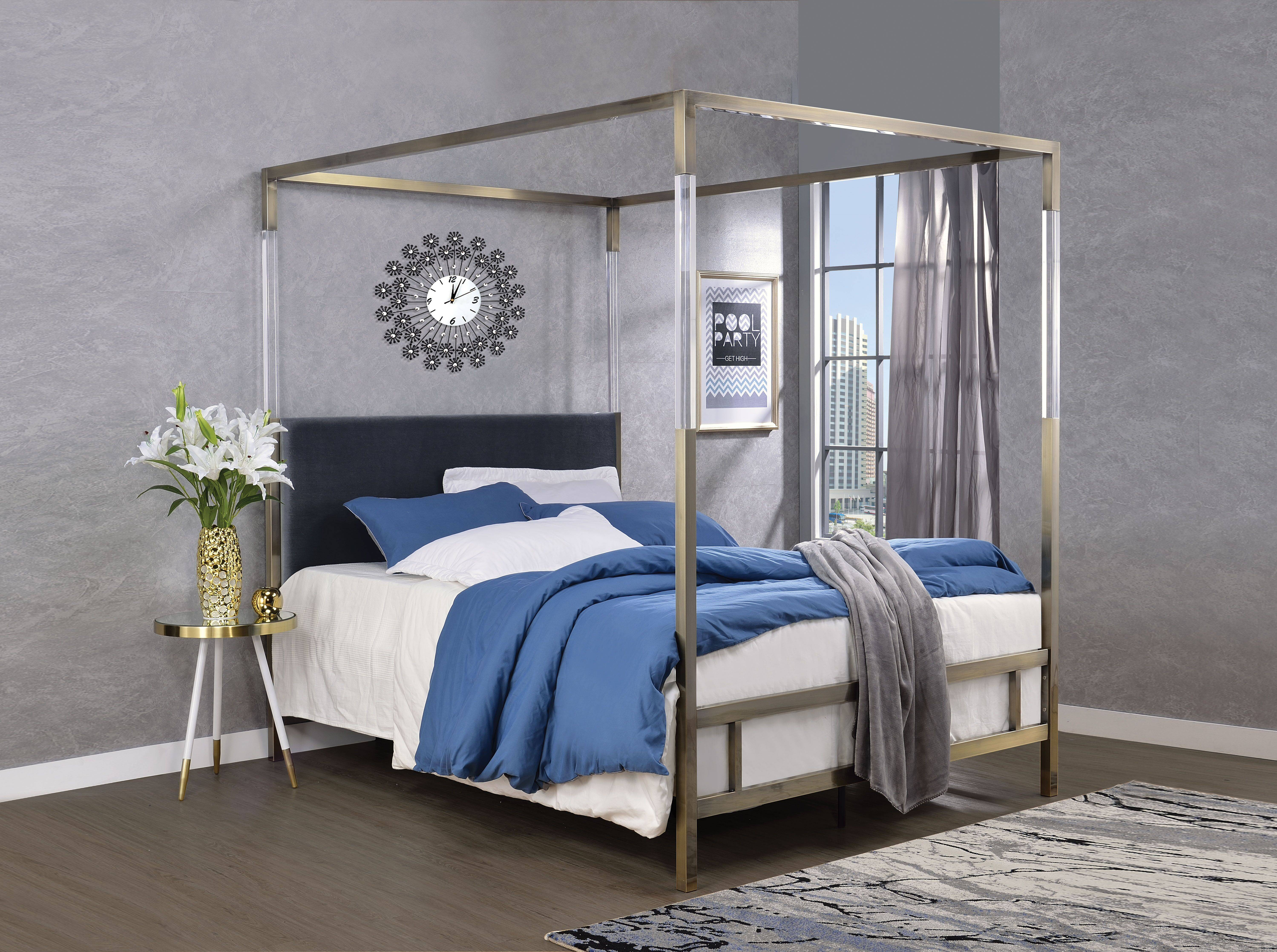 AC 22670 CANOPY BED GOLD ACRYLIC