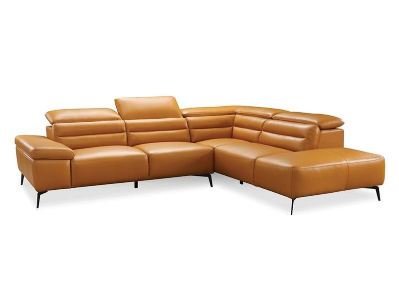 Camello Camel Sectional Right Facing Chase