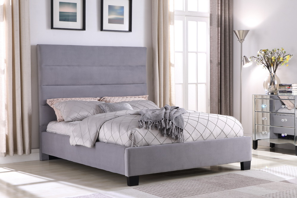 102 GRAY BED